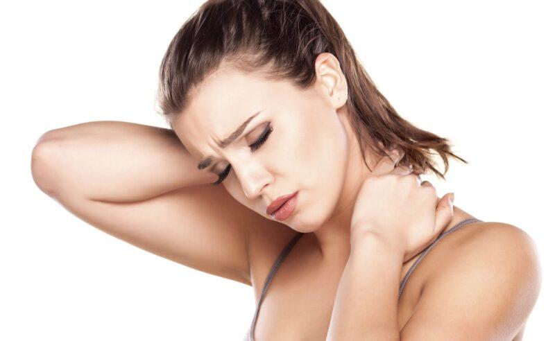 Remedios caseros para tratar o evitar la tortícolis